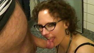 Slutwife blows 4