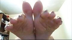 Silver toe Worship