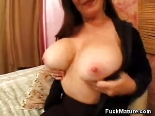 Matures giving head Busty mature giving head