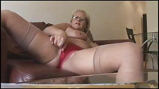 stocking mature
