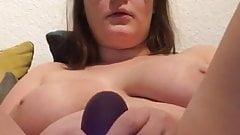 masturbating chubby girl