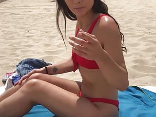 Picking up beach sluts - Valentina bianco picked up on the beach for a quickie