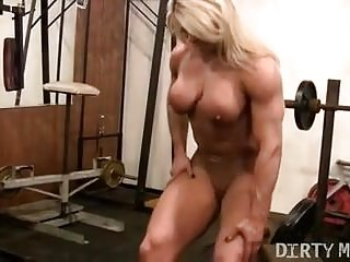 Lisa reynolds naked - Female bodybuilder lisa cross naked workout