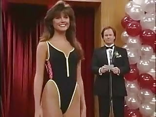 Amber thiessen naked - Tiffani-amber thiessen - saved by the bell s2e08