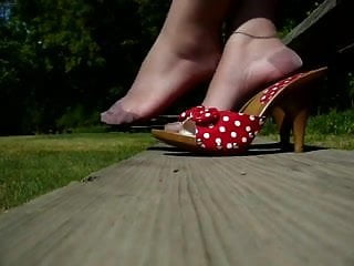 Pleasure party polk county - Pretty toes hose 2 with polk a dot heels