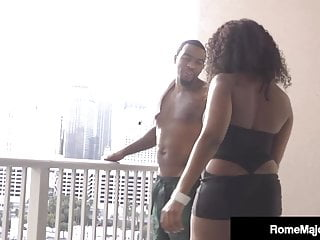 Blu-ray porn michigan - Black porn rome major thrusts his dark dick into roxy ray