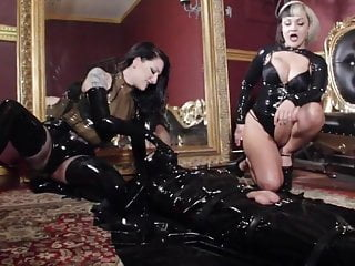 Cybill shepherd fucked Cybill troy queen scarlet sodomized rubber fuck toy