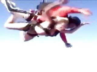 Nudist sky diving Flappin pussy sky dive
