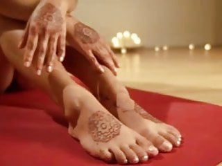 Nude thai yoga massage florida - Nude yoga