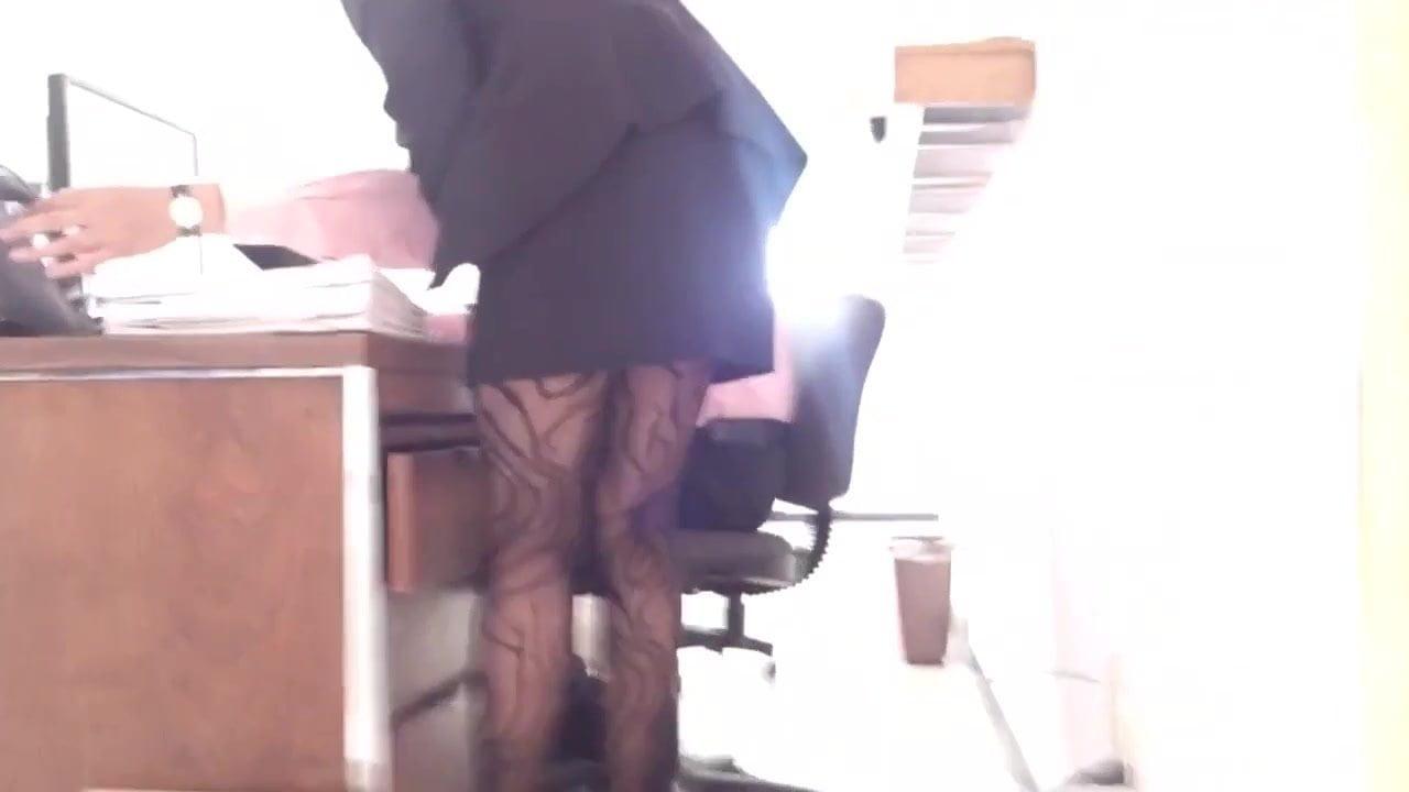 Secretary hidden cam free xxx galeries