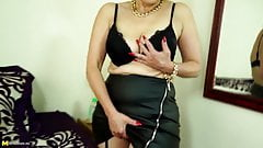 Kinky mature moms and grannies with thirsty vaginas
