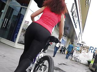 Aftermarket bike ass Gostosa de legging de bike