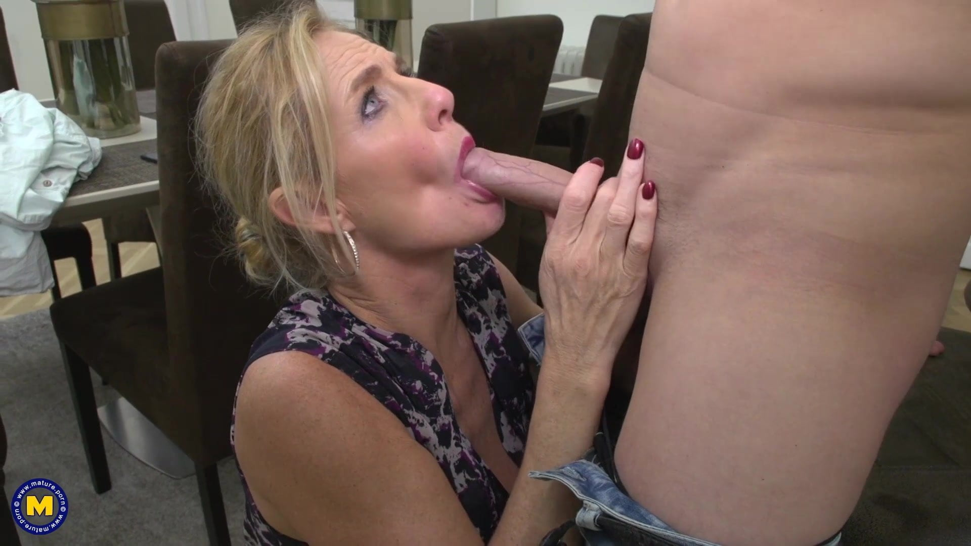 Sex Moms