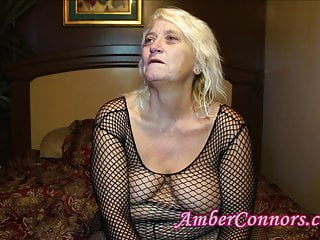 Men squirting cum - Squirting gilf and 3 younger men