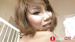 Squirting Moaning Japanese Mom