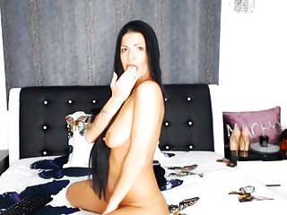 The body fucking - Gorgeous morena with sexy body fucking both holes