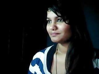 Neha dhupa xxx - Hot pakistani randi neha sucks finger thinking her bf dick