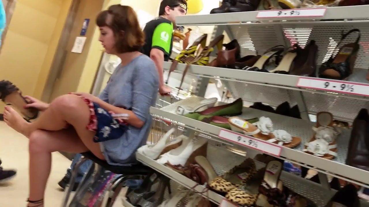 shoe-store-fuck-vids