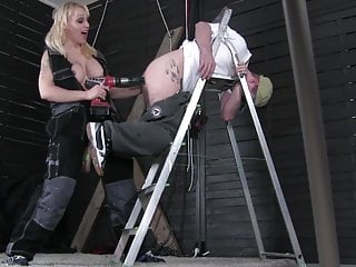 Norwegian nude - Sub gets machine pegged by and used by monicamilf - norsk