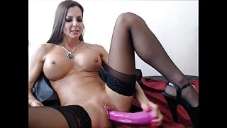 Felicia - Hot Milf squits after Dildofuck