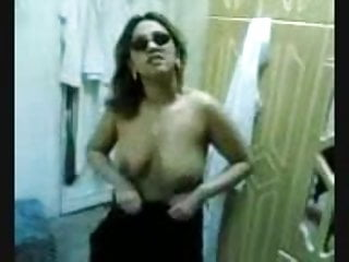 Amy ried leather sunglasses fucking Arab girl with sunglasses fucked really hard