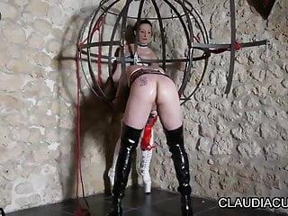 Vaginal dilaters - Maitresse claudiacir seance bdsm dilatation gode ceinture