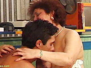 Wild rissian sex mom - Bbw mom wild fucked by her toyboy