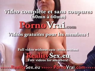 Gang banged doggystyle at party Gros seins gang-bang sodo et double penetration
