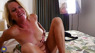 Real mature stepmom with hungry ass and pussy