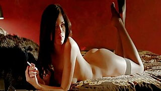 Alexis Knapp nude and sexy