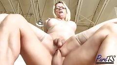 busty blonde MILF Jenna Ranee gets barebacked