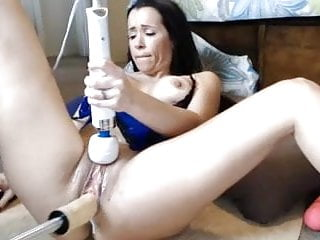 Fucking machine pussy wet Milf gets wet using fuck machine and vibe on pussy