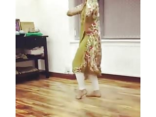 Non nude girls posing - Uk pakistani uni girl dance non nude traditional non nude