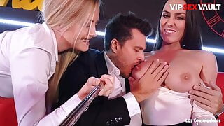 LOS CONSOLADORES - Mea Melone Join 3way With Spanish Couple