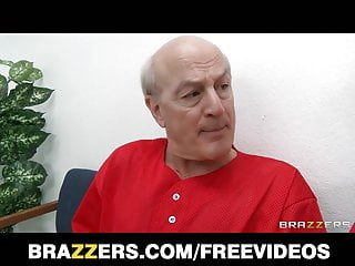 Sexy girl doctor movies Brazzers - sexy doctor raylene sucks her patients big-dick