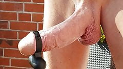 Henndrik nackt auf Balkon mit nem Vibro Ei am Schwanz 120420