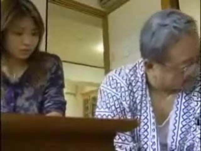 Sister Law Gives Handjob