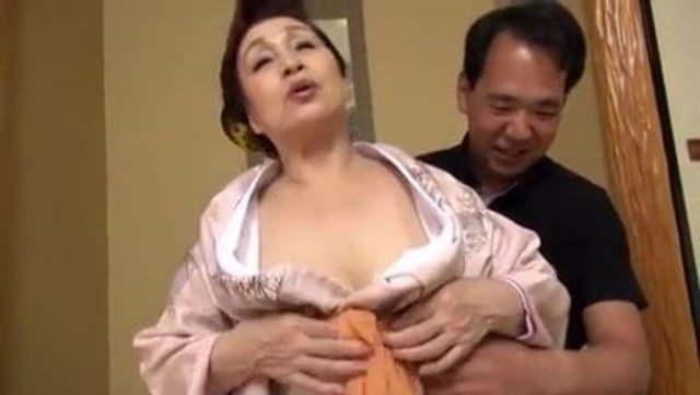 古希美熟女出戻り濃厚ファック!いくつになっても衰えない年増の体をくねらせ濃厚交尾