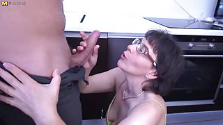 Unshaved mature mom fucking with kinky stepson