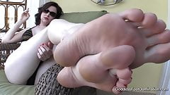 Poolside Foot Bath POV - Foot Fetish Foot Worship