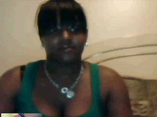 Msn tit flash Busty black girl on msn