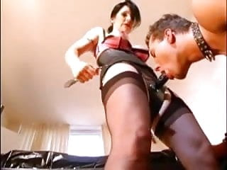 Sex domme Strapon domme mistress in seamed stockings does it all