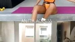 Anitta - Aula de Ballet Fitness