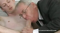 Chubby Daddy Sucks And Fucks Skinny Admirer