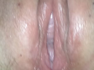 Cunt stretching machines Gape stretched pussy