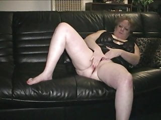 Twelve year old girls pussy - 67 year old granny gerri playing with her pussy