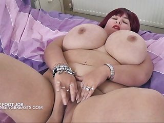 Meow bbw Big tits meow masturbates while she gives a footjob