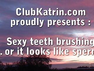 Growing 3 sets adult teeth Xxx teeth brushing