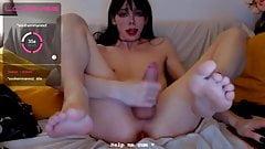 Piedi sexy si sborra su se stessa
