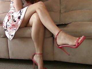 High heel sandals naked Beautiful legs, feet and high-heel sandals 2